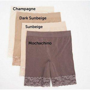 Breezies~(4)~Seamless Long Leg Panties w/ Lace NEW